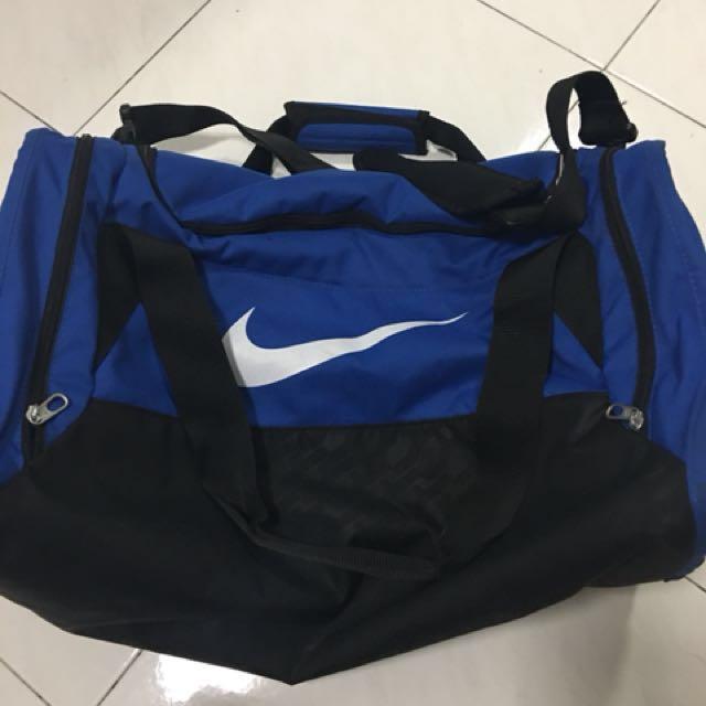 Nike large Duffle Bag (Authentic)