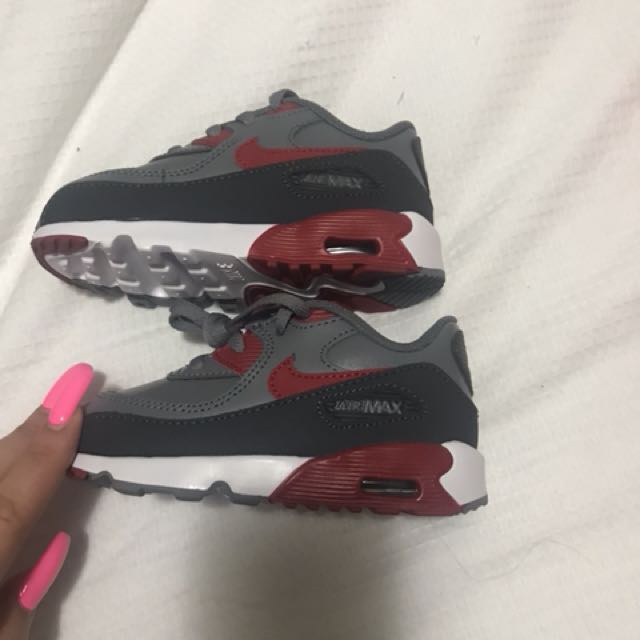 Nike toddlers BRAND NEW size 8C