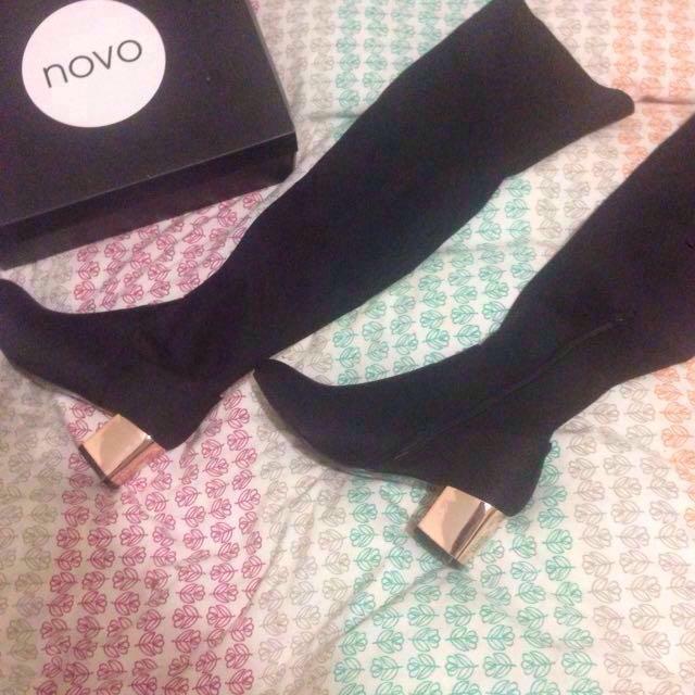 "Novo knee high boots ""Goddess"""