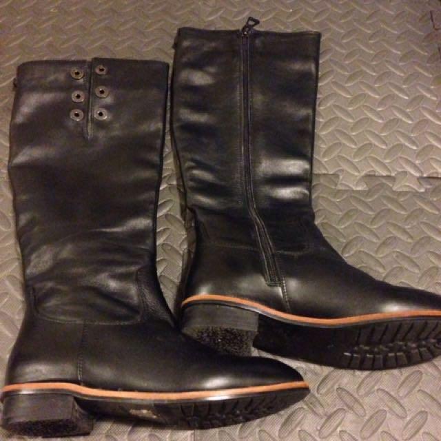 Rudsak boots size 5
