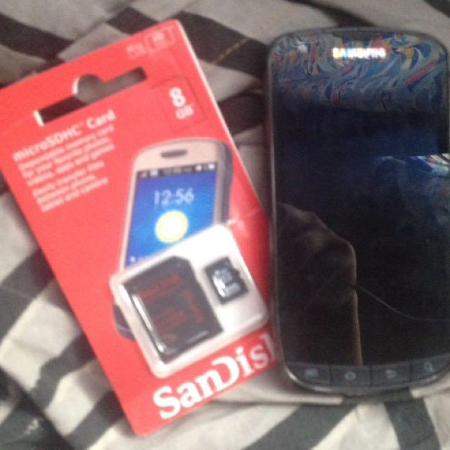 Samsung 4G LTE US Cellular & 8 Gb Sd Card