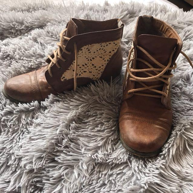 Tan crochet cowgirl boots