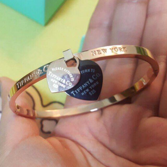 Tiffany & Co forever love bangle /bracelet