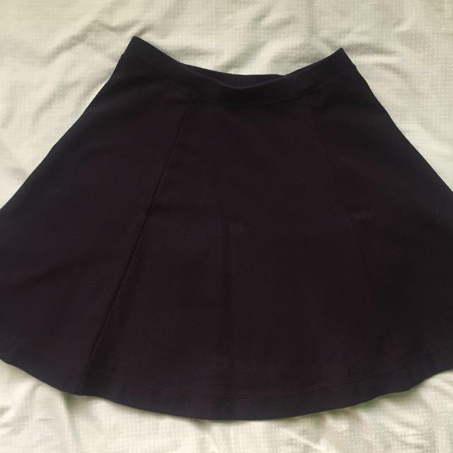 [Uniqlo] Black A-Line circle skater skirt