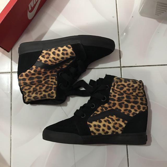 VANS Limited Edition Hidden Heels Sneakers