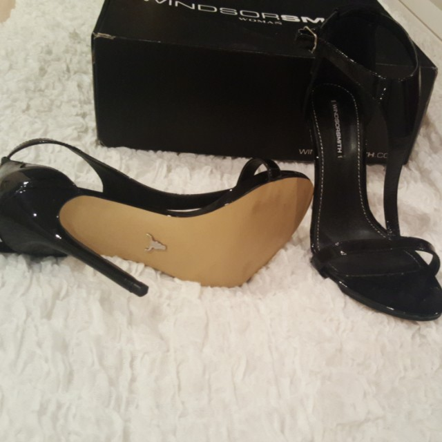 🔥🎄Windsor Smith black hight heels
