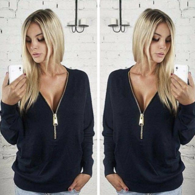 Zipped sleeves top