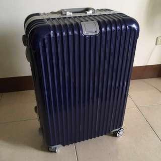 🚚 低價出售 28吋行李箱 深藍色 使用一次