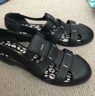 Gorman sandals