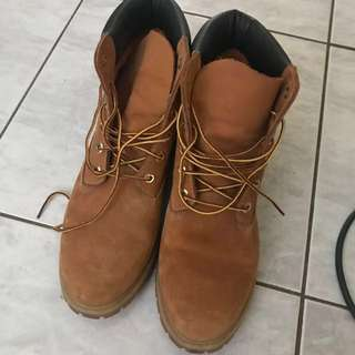 Almost new Timberlands (worn once)