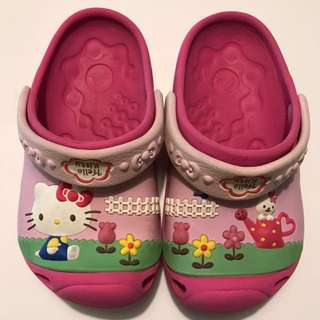 Crocs hello kitty 女童鞋