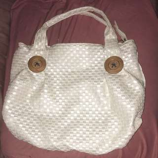 White / off-white purse