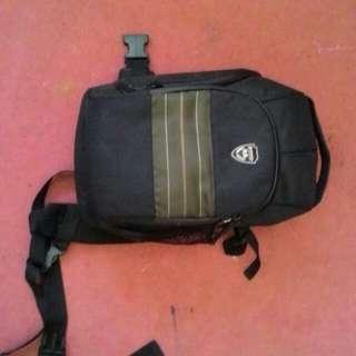 Bronic dslr sling bag