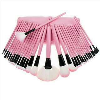 32pcs Pink-Black brush sets