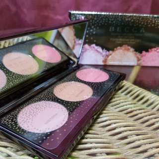 Becca Blushed w/ Light Palette Limited Edition