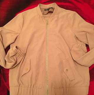 Light weight bomber jacket