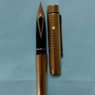 鋼筆西華14K金筆頭 收藏多年品相仍新無傷損,書寫正常,自用收藏皆美。