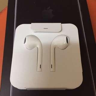 Apple iPhone 7 plus 原裝耳機 lightning Earphone全新(無3.5mm轉插adapter)