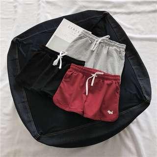 🚚 現貨 鬆緊休閒短褲運動褲瑜珈褲跑步運動短褲