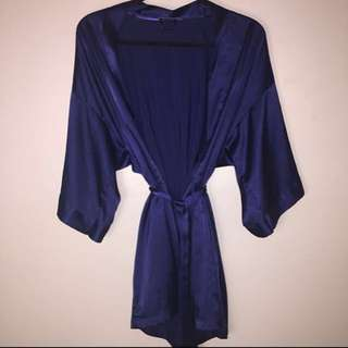 VS satin robe