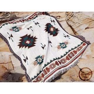 <現貨-波蘭民族風幾何圖騰毯>針織 印度 民族風 波希米亞 復古 嬉皮 蓋毯 露營 沙發毯毛毯 地毯 床邊毯 毯