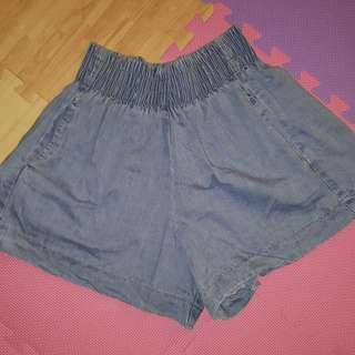 🚚 全新~牛仔短褲
