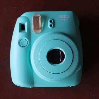 Instax Mini 8 Bundle + Instant Film (10 sheets)