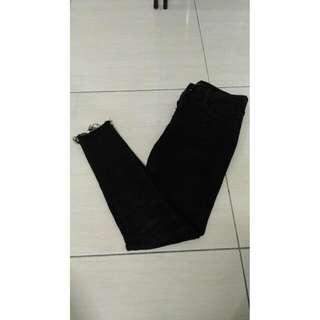 黑色長褲(無破)