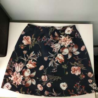 Includes shipping Missguided floral skirt