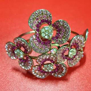 Floral Sparkly Bangle