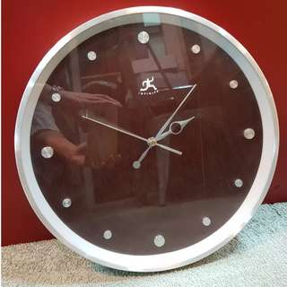 "12.5""aluminium wall clock with wooden dial鋁框鐘配木製鐘面"