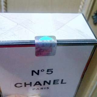 farfum chanel no 5