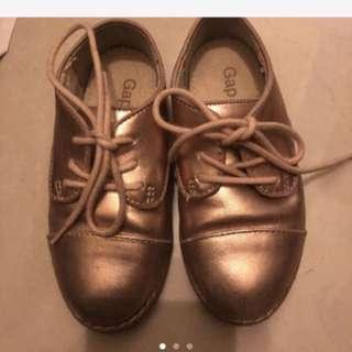 🚚 Gap女童鞋