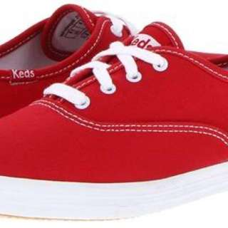 Taylor Swift Red Keds