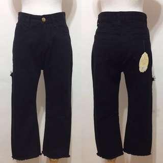🚚 全新,高腰超顯瘦不車邊窄管牛仔褲,八分褲,S