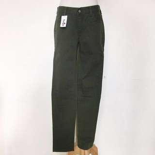 🚚 全新,正韓貨,軍綠色合身窄管牛仔褲,30
