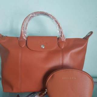 Longchamp Bag+ pouch for the price of 1 1950 only limited offer buy NOW