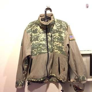 🚚 美軍數位迷彩抓絨登山外套