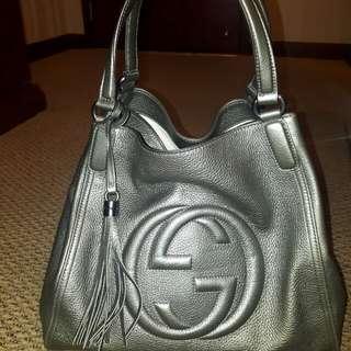 Gucci metallic soho bag