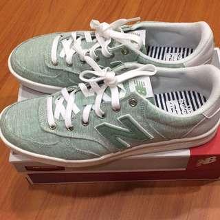 🚚 NB New Blance 休閒鞋 板鞋 淺綠 8.5 運動鞋