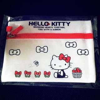 🚚 Hello Kitty 化妝袋 化妝包 收納袋