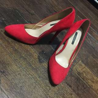 H&M red stilletos