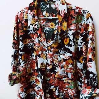 🚚 滿版花漾寬版襯衫