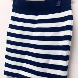 🚚 OL系黑白條紋針織窄裙