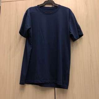 UNIQLO Shirt (BRAND NEW)