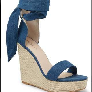 Kookai Lust Wedges size 40/ 9 free shipping