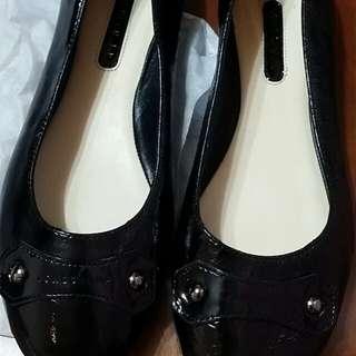 Longchamp近全新漆皮低跟娃娃鞋