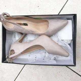 BILLINI || suede heels