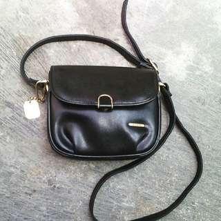 Guchi sling Bag
