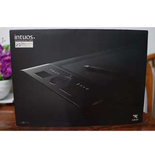 #BlackFridaySale Wacom Intuos 4 Medium (PTK-640)